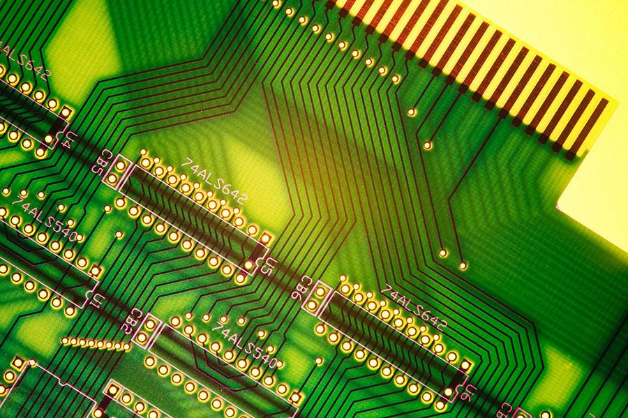 如何正確選擇PCB打樣廠家?