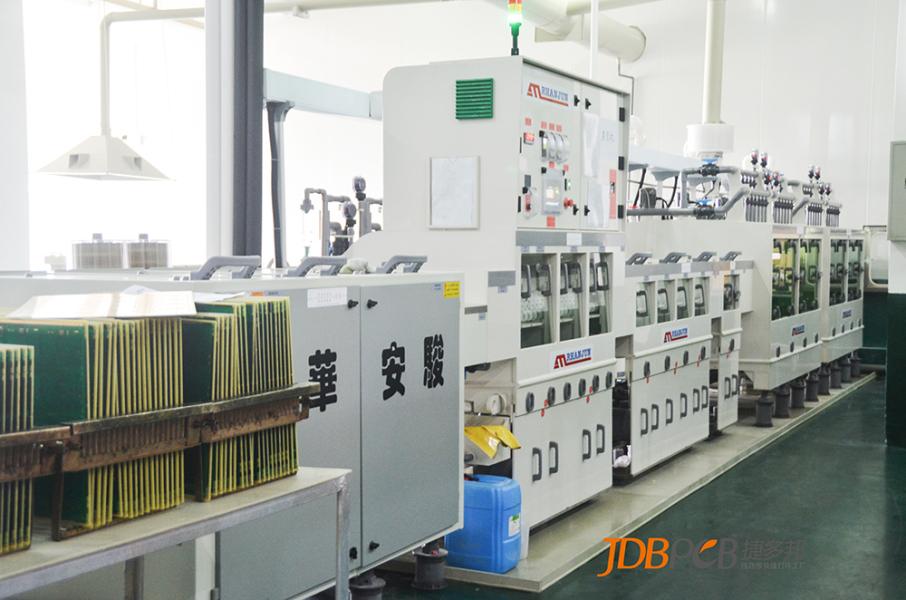 PCB阻焊油墨的喷涂技术