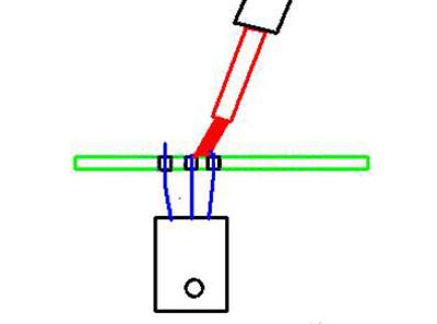 三引脚脱焊先同时脱焊紧挨的两个脚