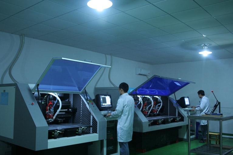 深圳捷多邦科技有限公司(http://www.jdbpcb.com),是一家专业从事印制PCB/线板打样、快板、小批量生产和销售的高新技术企业。公司总部位于深圳福田华强北商业圈,生产工厂位于惠州市大亚湾石化大道西27号。 捷多邦科技专注于单、双面、多层线路板打样、小批量生产,不断引进全新进口精密设备,采用先进工艺和高品质原材料并注重成本控制,力求为客户提供更优质、快捷、更具性价比的线路板产品。 捷多邦科技采用自主开发的PCB在线投单CRM管理系统,CRM管理系统可实现:在线自助报价并打印订购单、系统下单、